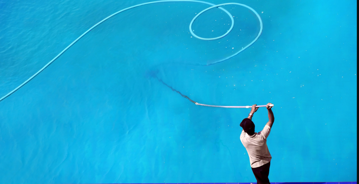Pool Cleaning Winchester